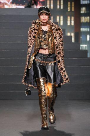 Moschino [tv] x H&M Fall Winter 2018 New York17