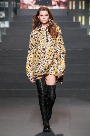Moschino [tv] x H&M Fall Winter 2018 New York18