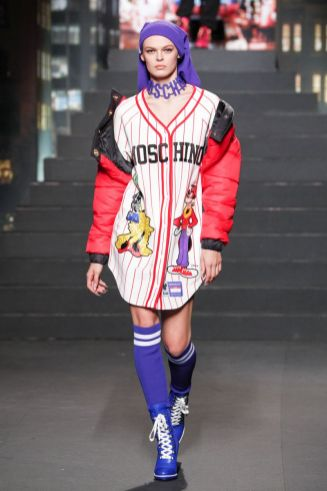 Moschino [tv] x H&M Fall Winter 2018 New York36