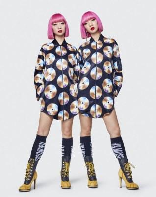 Moschino x H&M Lookbook26