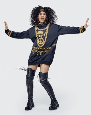 Moschino x H&M Lookbook35