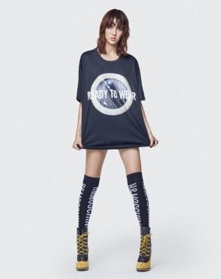 Moschino x H&M Lookbook40