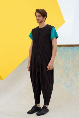 Homme Plissé Issey Miyake Menswear Spring Summer 201916