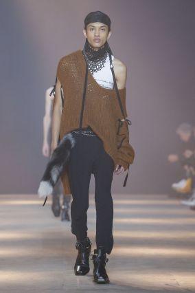 Ann Demeulemeester Menswear Fall Winter 2019 Paris17