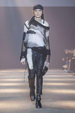 Ann Demeulemeester Menswear Fall Winter 2019 Paris18