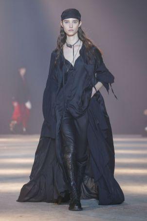 Ann Demeulemeester Menswear Fall Winter 2019 Paris35