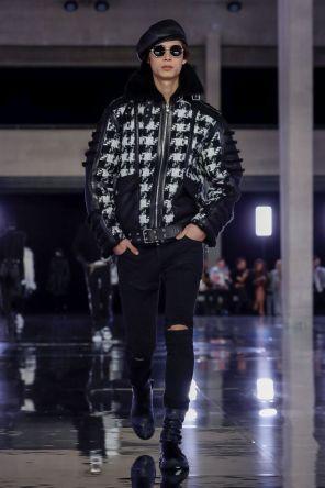 Balmain Homme Menswear Fall Winter 2019 Paris1
