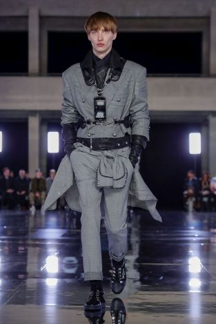 Balmain Homme Menswear Fall Winter 2019 Paris19