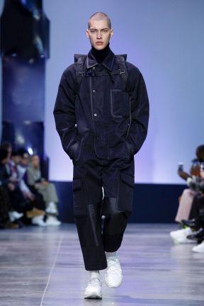 Cerruti 1881 Menswear Fall Winter 2019 Paris3