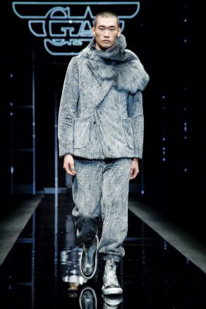 Emporio Armani Menswear Fall Winter 2019 Milan24