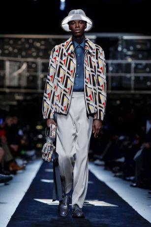 Fendi Menswear Fall Winter 2019 Milan24