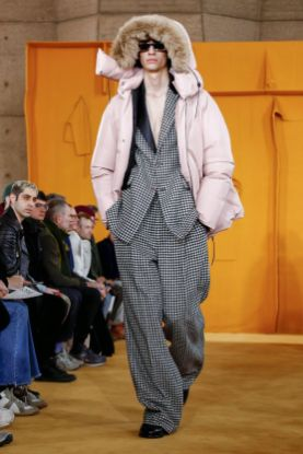 Loewe Menswear Fall Winter 2019 Paris17