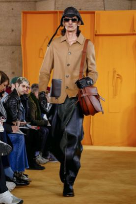 Loewe Menswear Fall Winter 2019 Paris3