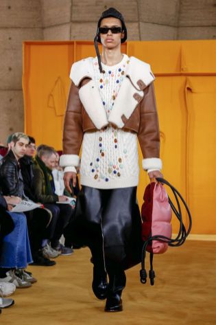 Loewe Menswear Fall Winter 2019 Paris35