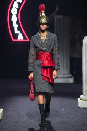 Moschino Menswear Fall Winter 2019 Rome8