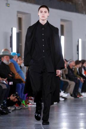 Valentino Menswear Fall Winter 2019 Paris14