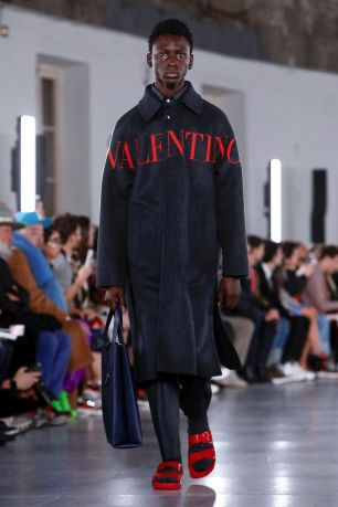 Valentino Menswear Fall Winter 2019 Paris19