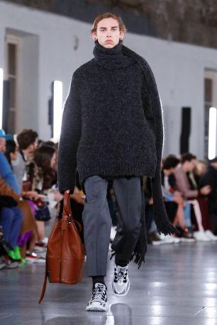 Valentino Menswear Fall Winter 2019 Paris26