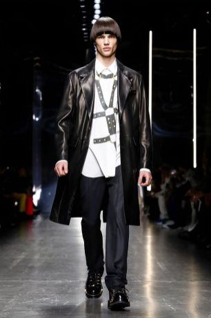 Versace Menswear Fall Winter 2019 Milan31