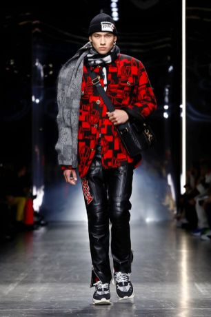 Versace Menswear Fall Winter 2019 Milan33