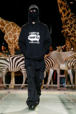 Vetements Ready To Wear Fall Winter 2019 Paris39