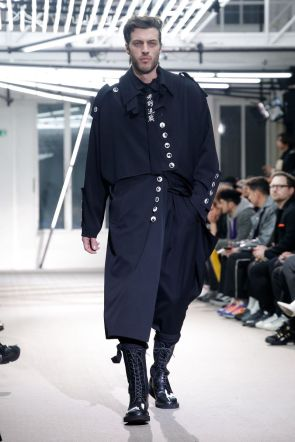 Yohji Yamamoto Menswear Fall Winter 2019 Paris21