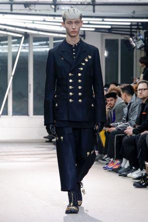 Yohji Yamamoto Menswear Fall Winter 2019 Paris23