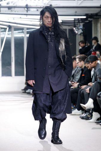 Yohji Yamamoto Menswear Fall Winter 2019 Paris31