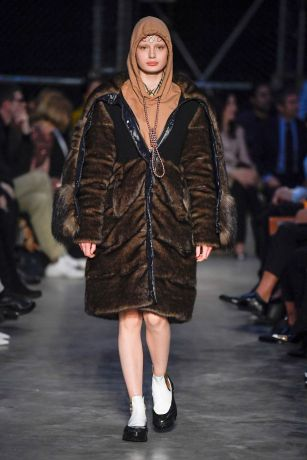 Burberry Men & Women Fall Winter 2019 London18