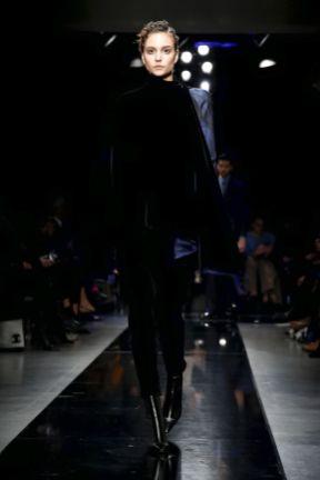 Giorgio Armani Men & Women Fall Winter 2019 Milan11
