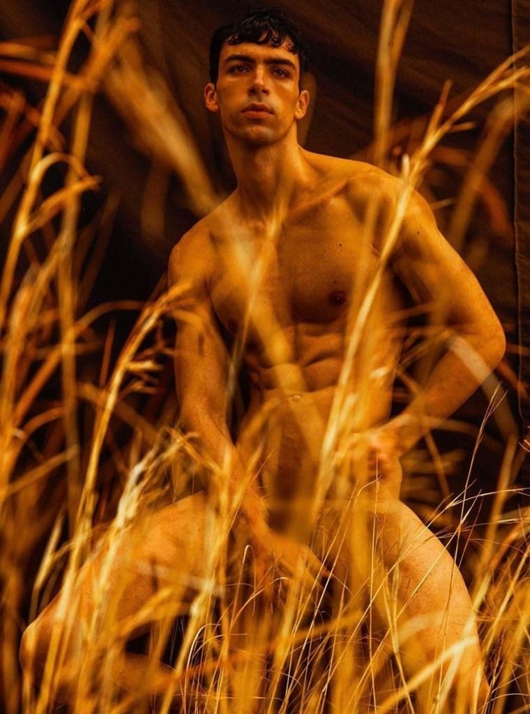 Artzine male model