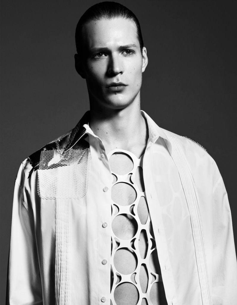 Sven De Vries for Esquire Italia June 2019 shot by Emilio Tini