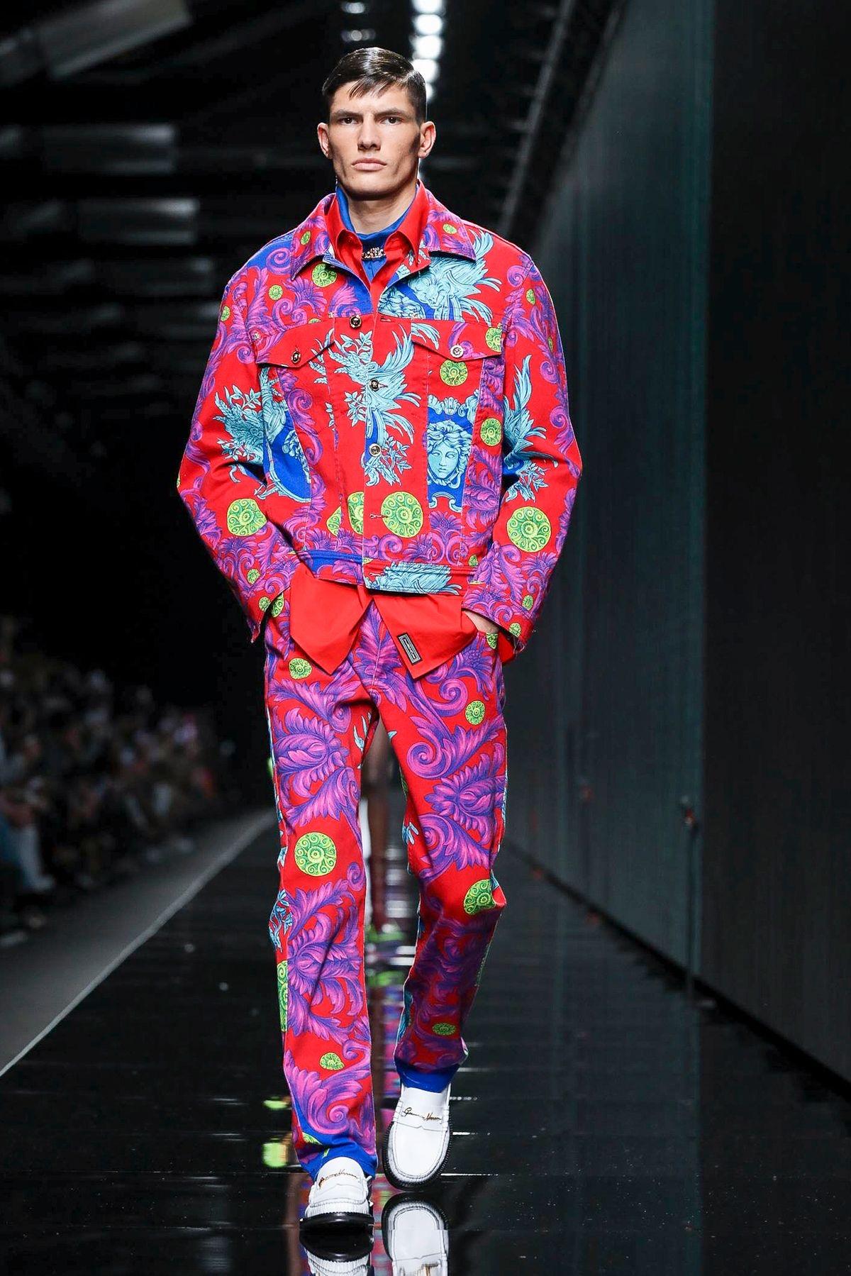 Versace Ready To Wear Fall Winter 2020 Milan