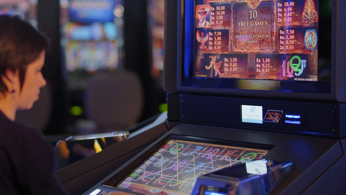 How to Have a Safe and Fun Time Playing Online Casino Games cover