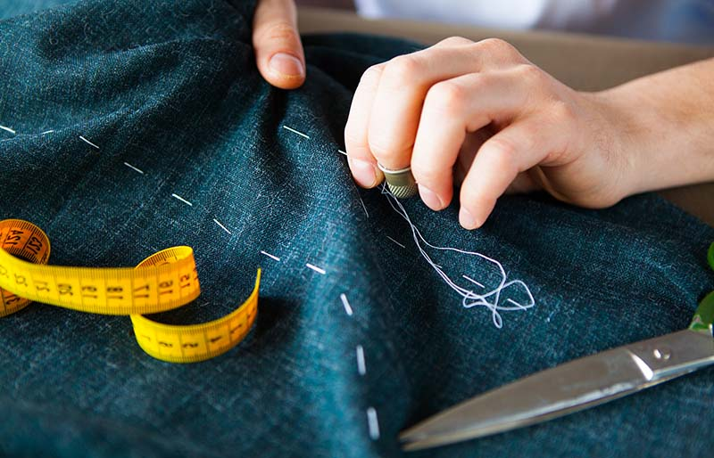 Useful Sewing Tips and Tricks From the Experts - hand sewing