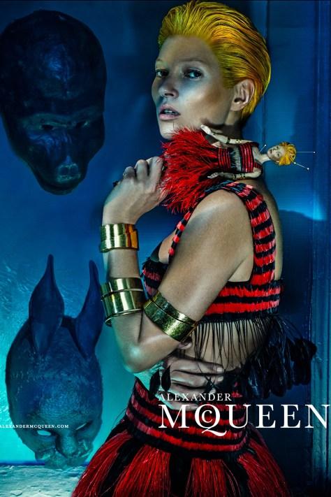 McQueen-Moss-5-Vogue-27Jan14-Steven-Klein_b