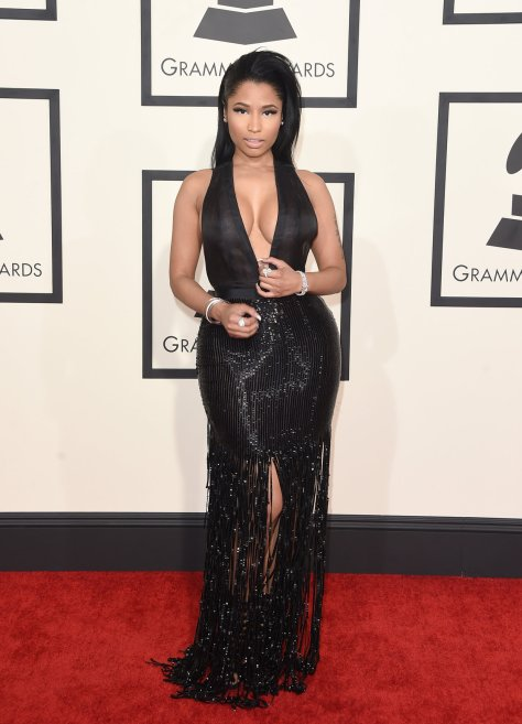nicki-minaj-grammy-2015-red-carpet