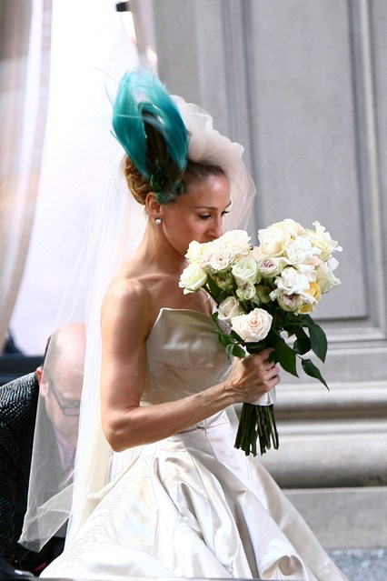 sjp-satc-wedding-vogue-2-3jun15-pr_b_426x639