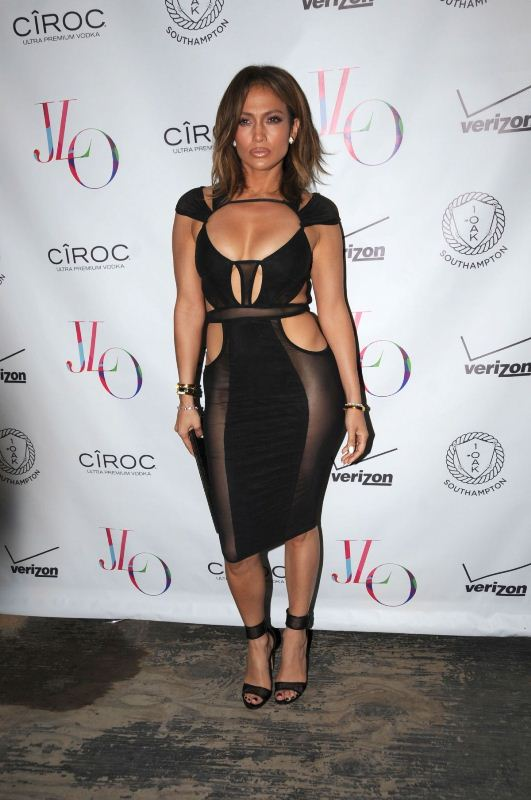 Celebrity Fashion Jennifer Lopez In Bao Tranchi Fashionandstylepolice Fashionandstylepolice