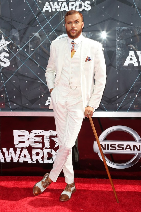 Jidenna-2015-BET-Awards-Style-Picture