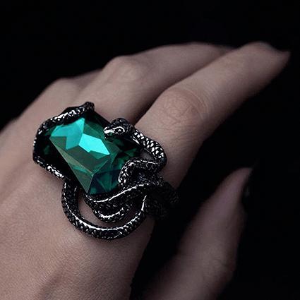 snake-ring-crystal_622f8624-0310-4139-97cd-7bcf1425b515_large
