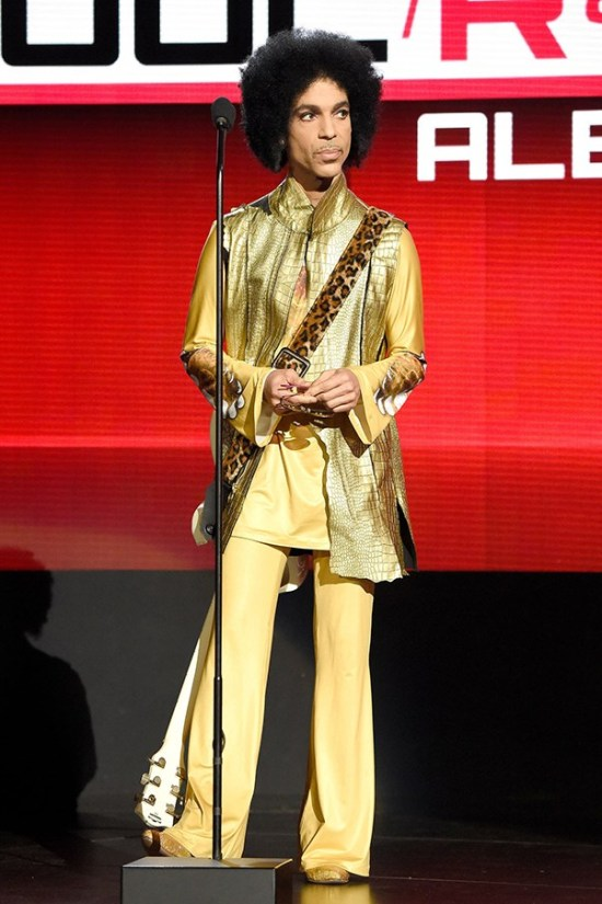 prince-iconic-style-moments-31