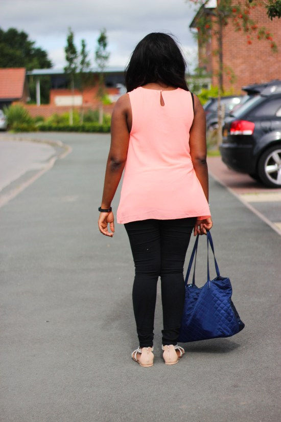 Fashion and Style Police UK Blogger Image
