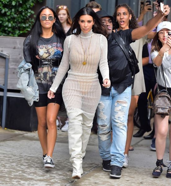 kim-kardashian-yeezy-image