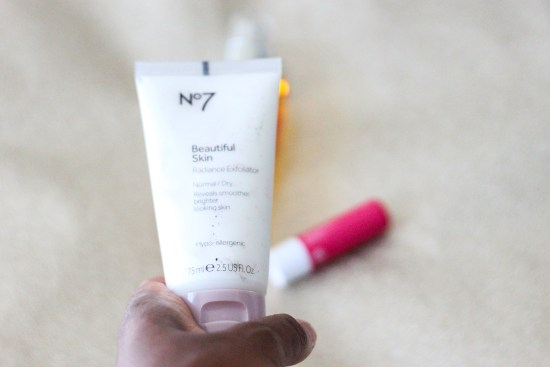 no-7-beautiful-skin-radiance-exfoliator-image