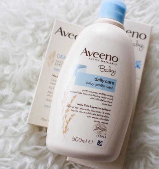 AVEENO® Baby Dermexa Moisturising Wash picture