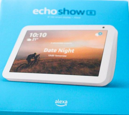 Alexa Echo Show 8 image