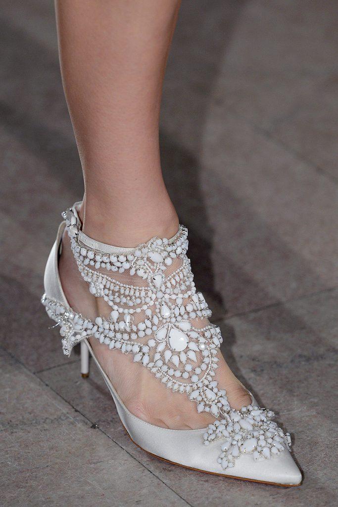 poate pierderea în greutate schimbarea dimensiunii pantofului)