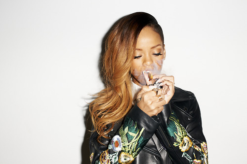 02 Rihanna Behind the Scenes with Terry Richardson for Rolling Stone