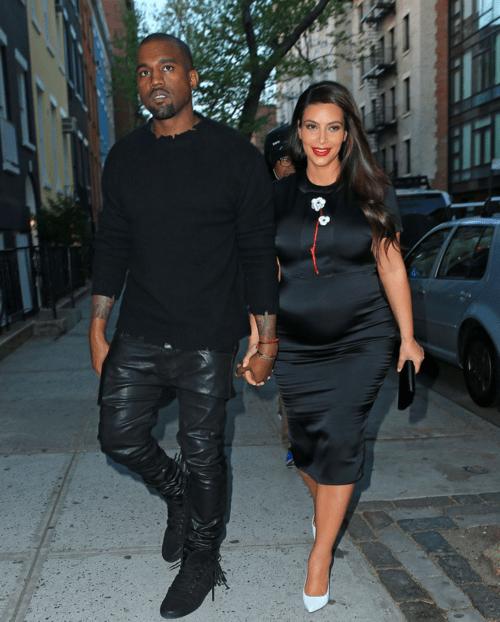 Hot-or-Hmm-Kim-kardashians-New-York-City-Prada-Spring-2013-Black-Flower-Embellished-Dress-and-White-Pumps